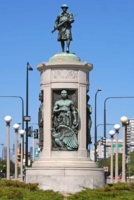 World War I Victory Monument in Chicago