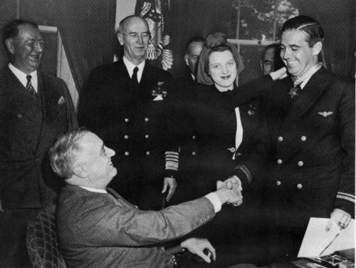 Butch OHare receives Medal of Honor from FDR