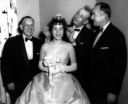 Dirksen Crowns the Princess 1959