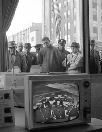 1963-Monday, Nov. 25