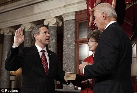 Sen. Mark Kirk Takes His Oath in 2010