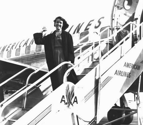 1954 Princess Nancy Rainville at National Airport