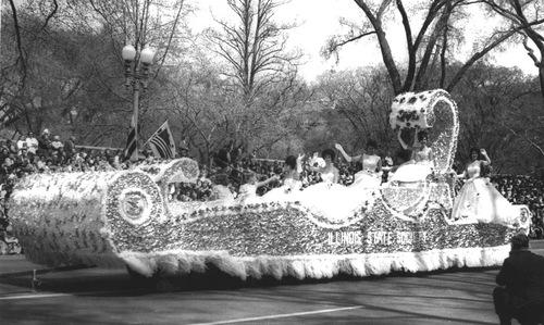 1963 Illinois Cherry Blssom Prade Float